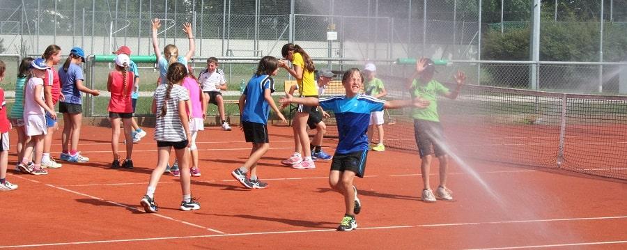 Tennis Landshut bei der DJK Altdorf Tennis spielen und trainieren - Tennisplätze