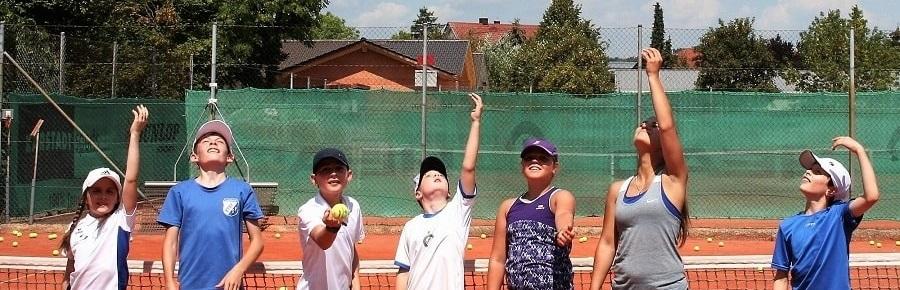 Tennis spielen lernen in Landshut bei der DJK Altdorf - Tennishalle, Tennisplatz buchen-