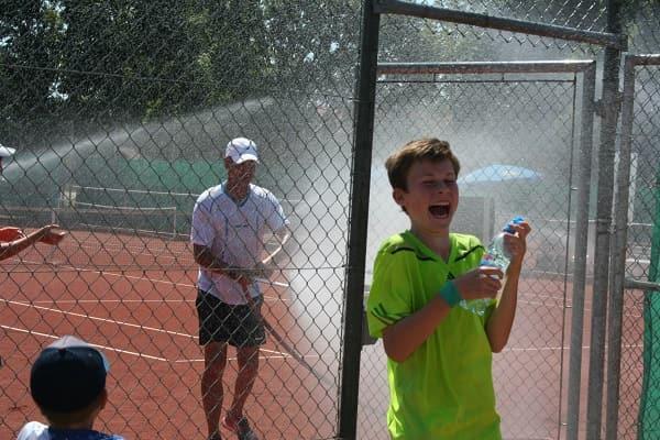 Tennis spielen Landshut - DJK Altdorf Tennisclub und Tennisverein