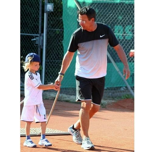 Tennis spielen DJK Altdorf Landshut, Tennisstunden-min