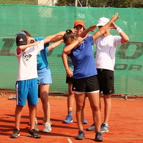 Tennis spielen Landshut Altdorf DJK - Tennis lernen - Außenplätze buchen trainieren-min
