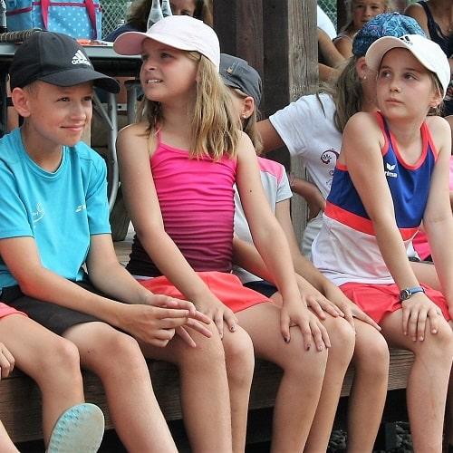 Tennis spielen bei DJK Altdorf Landshut, Tennisstunden-min