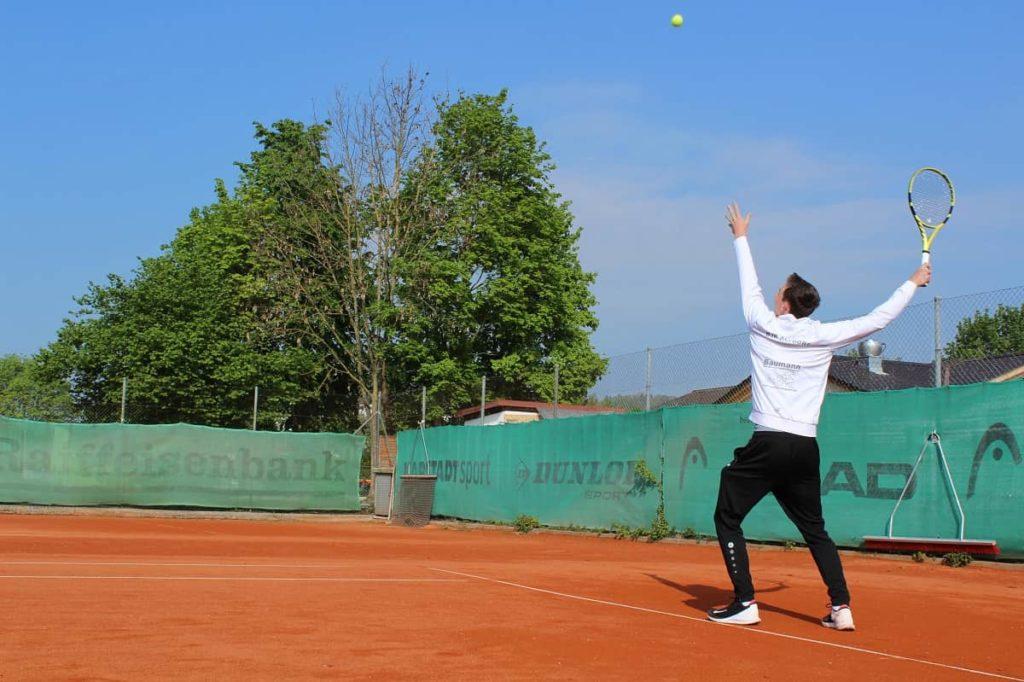 Tennisverein Landshut Tennisclub Tennis spielen DJK Altdorf 2-min